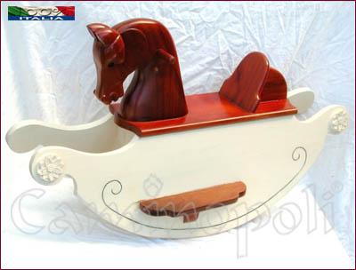 Cavalluccio a dondolo in legno V114